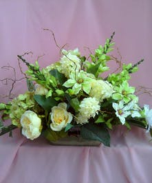 Green & Cream Centerpiece