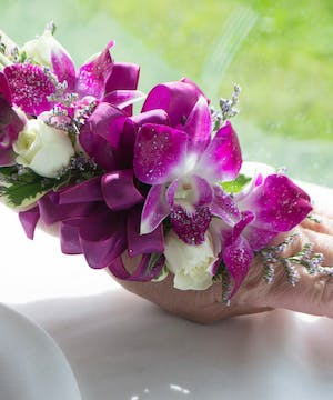Dendrobium Orchids with Roses